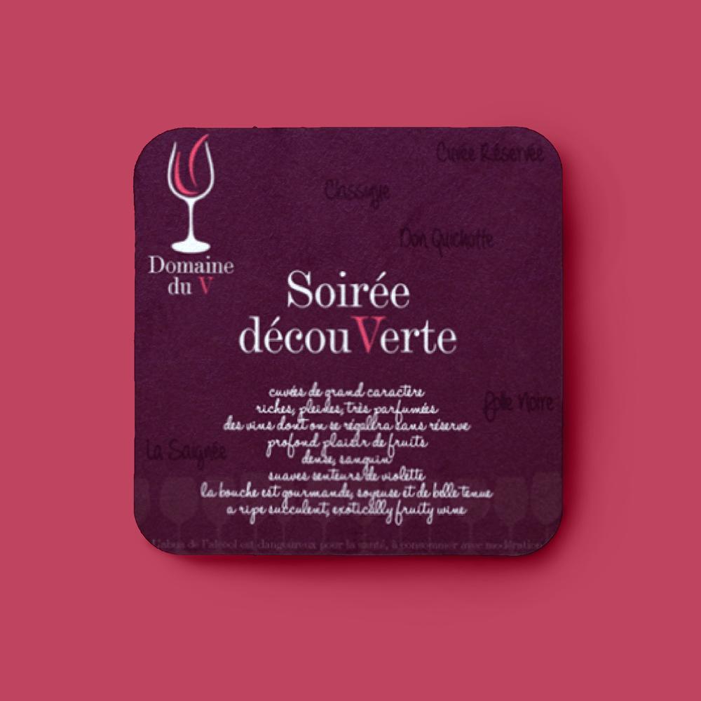 carton d'invitation pour une soirée découverte dans une cave servant également de dessous de verre